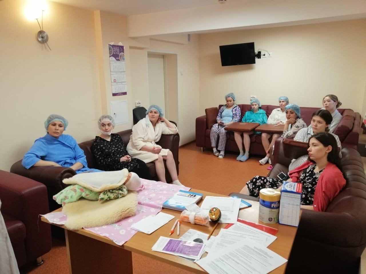 В Москве стартовал проект «ЧУДО-дети: комплексная поддержка семей с недоношенными детьми»