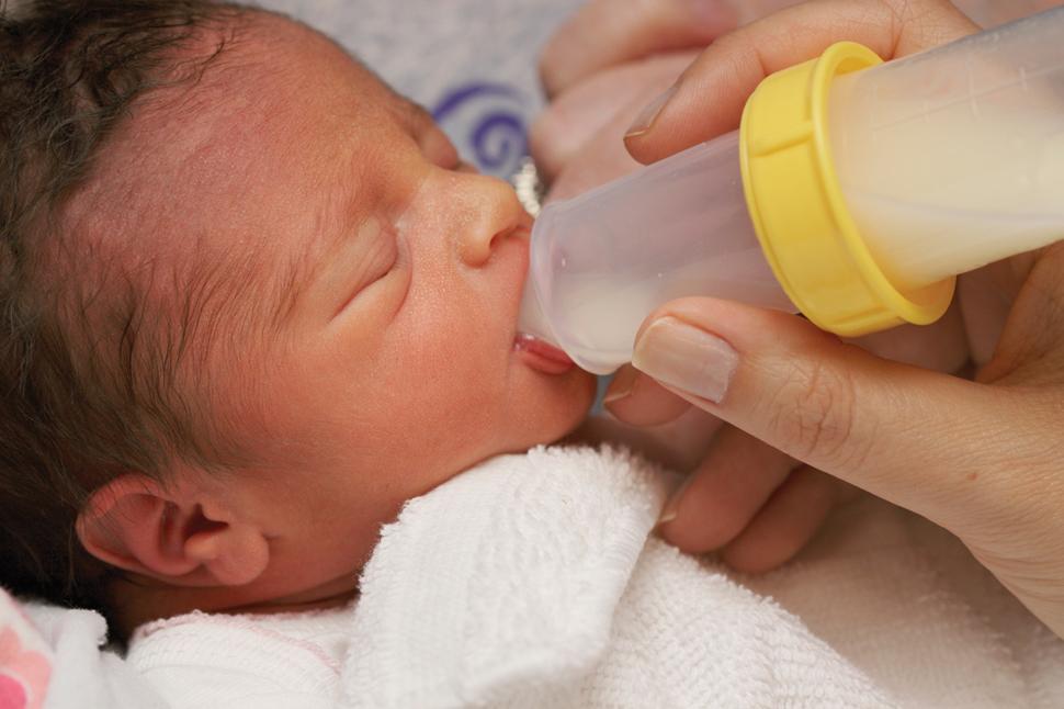 Как выбрать смесь для кормления недоношенного ребенка?