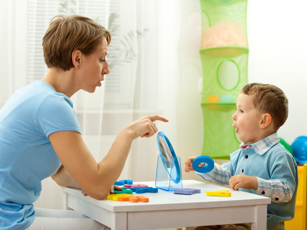 Запуск речи у ребенка: на что обратить внимание родителям? Стенограмма прямого эфира с логопедом Ниной Бузуновой